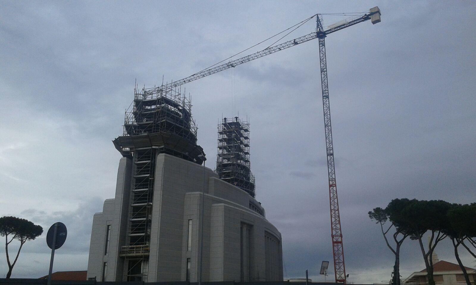 Chiesa dei Mormoni – Roma – Gru a torre Saez mod. S52